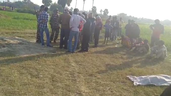 Breaking News:मकेर थाना क्षेत्र के तारा अमनौर में 7 दिन से लापता बच्चे का शव बरामद