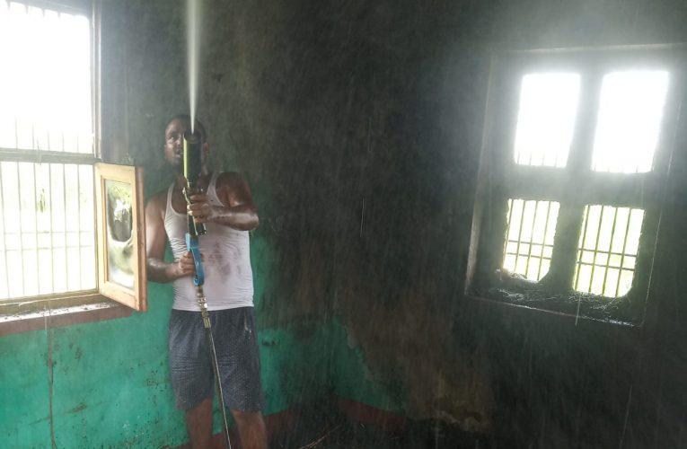 लक्ष्मीपुर में शार्ट सर्किट से घर में लगी , दमकल कर्मियों ने दो घंटे बाद आग पर पाया